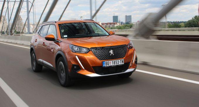 TEST: Peugeot 2008 1,2 PureTech Allure