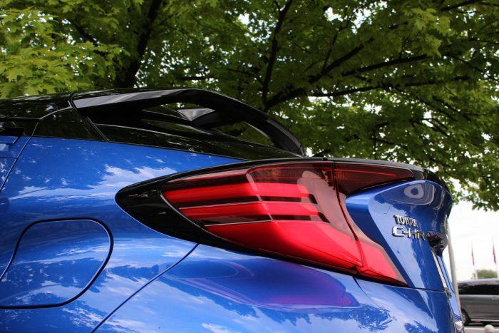 Test Toyota C-HR 2,0 Hybrid