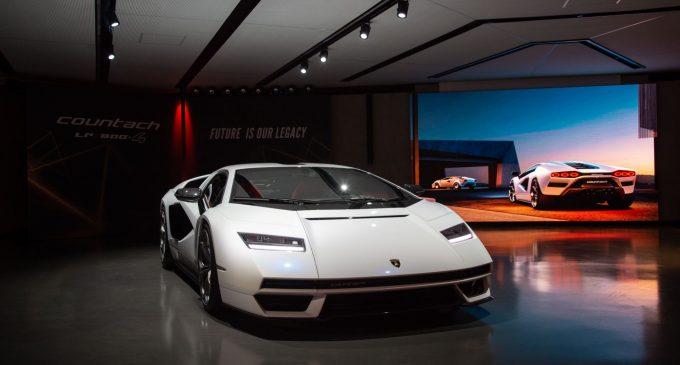 Pola veka kasnije stiže novi Lamborghini Countach